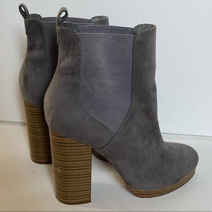 Gray wooden thick heel suede ankle booties!